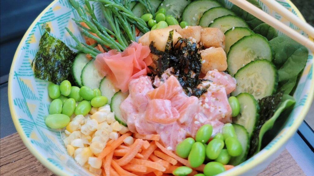 Fisherman's Market spicy salmon poke bowl